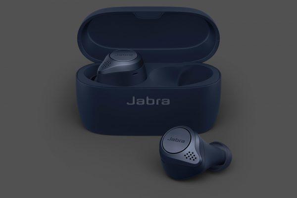 Jabra-Titan-Additional-Shot-4-Navy-copy