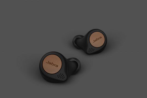Jabra-Titan-Pack-Shot-15-Copper-Black-copy